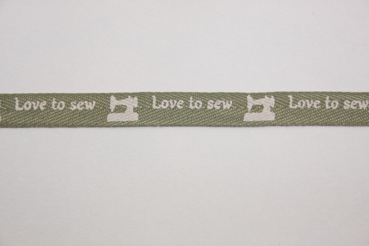 legergroen-love to sew-naaimachines-11mm